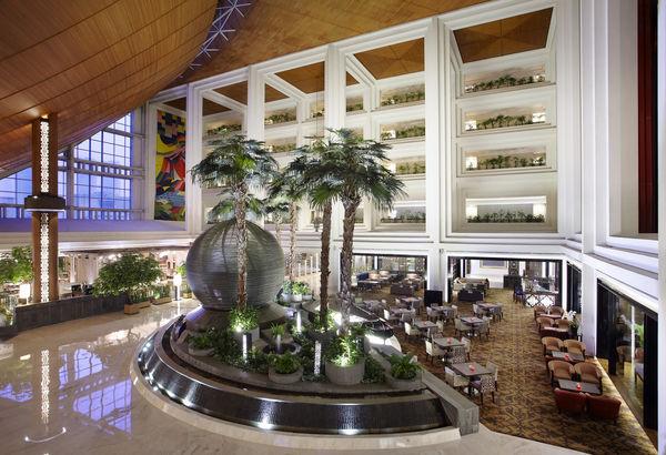 Gran Melia Jakarta Lobby