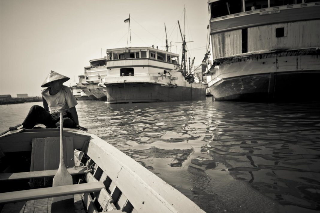Der Hafen Sunda Kelapa Jakarta Indonesien