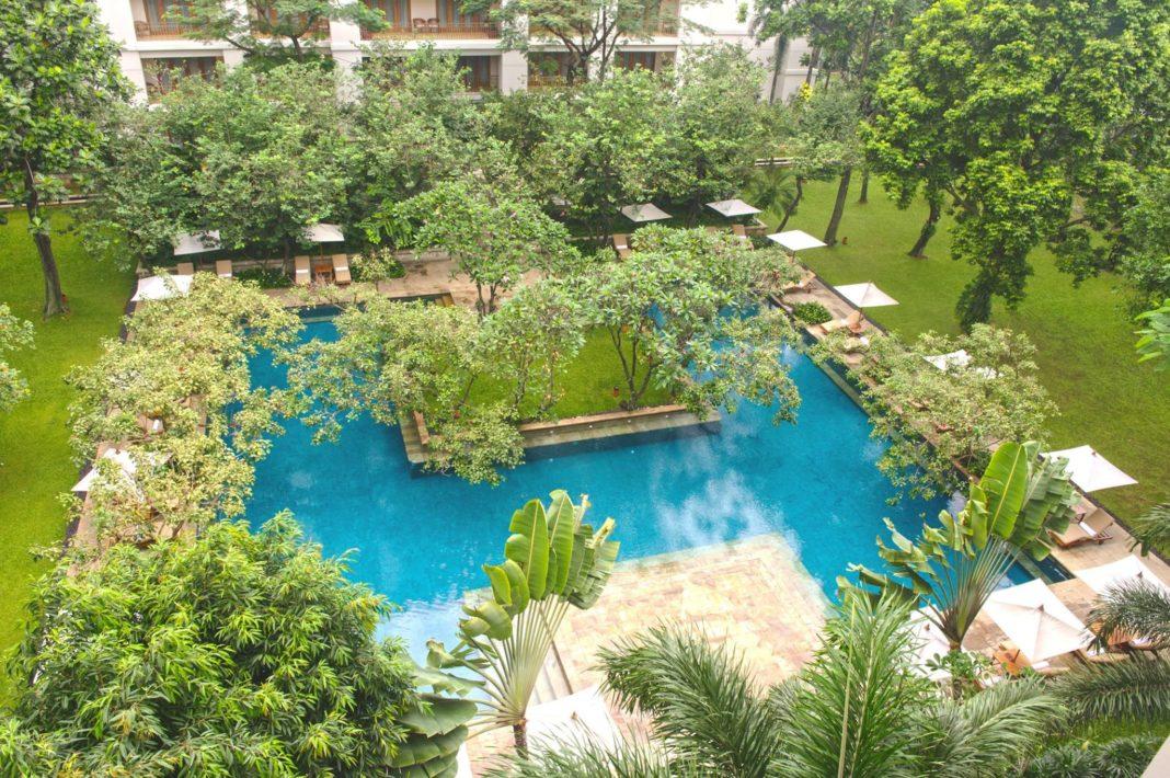 Pool The Dharmawangsa Jakarta Hotel